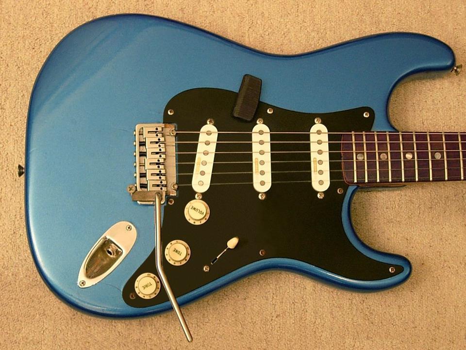 hinh anh guitar doc dao (2)