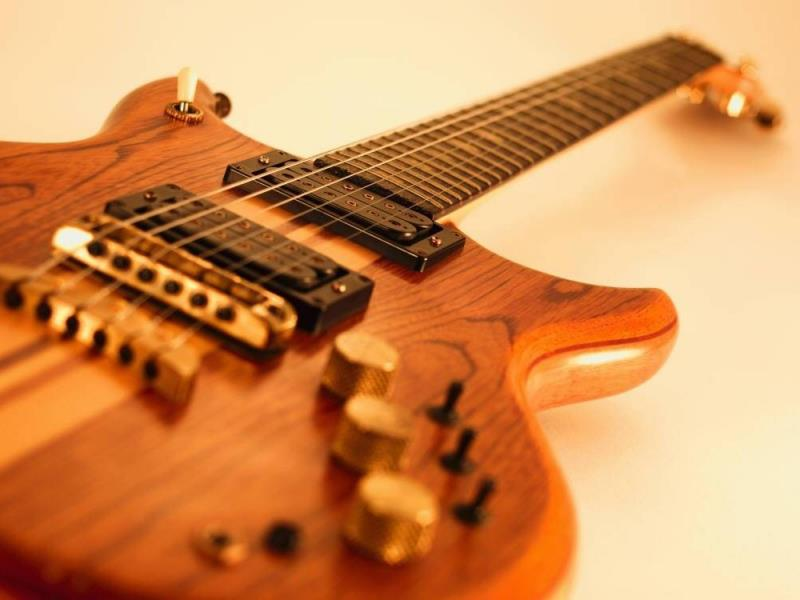 hinh anh guitar doc dao (20)