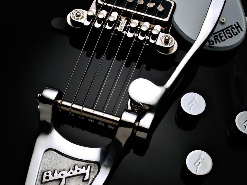 hinh anh guitar doc dao (81)